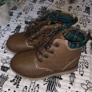 Carter's toddler Hard sole boots